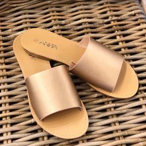 Shoes - Rose gold slides
